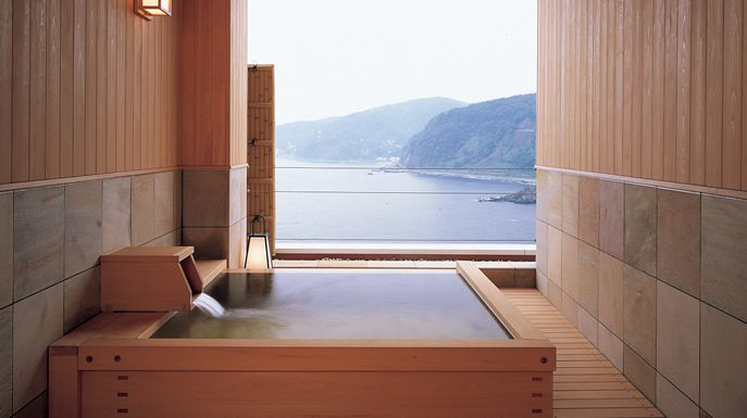 "Room with Open Air Hot Spring ""ONSEN"" in Japan can be rented by the hour"
